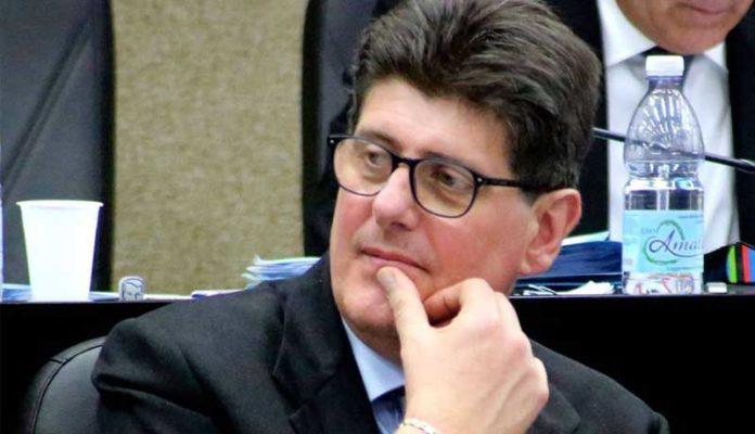 Pd, verso il congresso in Puglia. 6 consiglieri regionali con il segretario uscente Lacarra