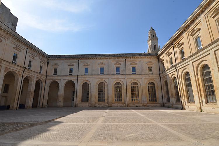 Lecce legge Dante lunedì al Chiostro dei teatini